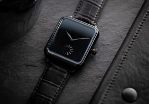 Часы H. Moser Cie Swiss Alp Watch оценены в 30800 долларов