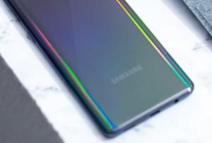 Samsung Galaxy A52 засветился в Google Play Console