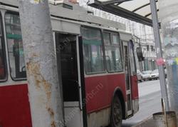 Возобновляется движение троллейбусов по Трофимовскому мосту