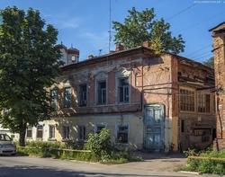 Еще три старых дома в центре приговорены к сносу