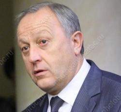 Губернатор 'поднялся' в 'негативном рейтинге' глав регионов