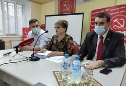 Депутат Госдумы рассказала о 'фейерверке репрессий к Новому году'