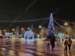 Володин поддержал идею выходного 31 декабря в Саратовской области
