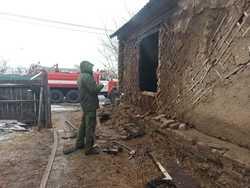 Погиб на пожаре хозяин половины частного дома
