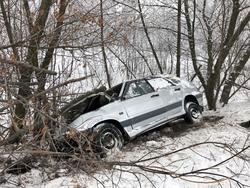 Погиб водитель съехавшей к кювет '14-й'