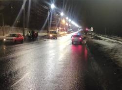 Четверо пострадали в ночной аварии на Политехнической