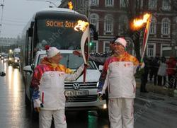 Времена. Начал работу новый парламент России, в Саратове - шествие Олимпийского огня