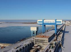 Саратовская ГЭС отрицает причастность к нефтепродуктам в Волге