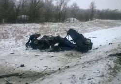 Двое погибли и трое пострадали в автокатастрофе