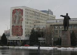 Водителей наказали за массовую парковку на Театральной площади