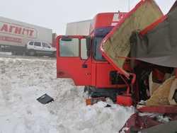 Водитель 'ГАЗели' погиб в аварии с фурой на трассе