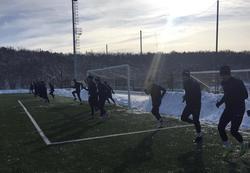 Снегопад сорвал матч 'Сокола' на южных сборах