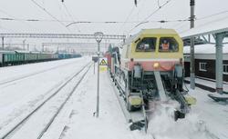 Снегопад на движение поездов, самолетов и автобусов пока не повлиял