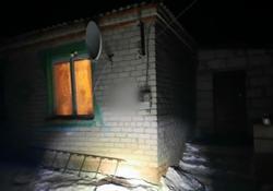 В доме найден труп мужчины с ножевой раной груди