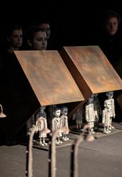 Два саратовских театра покажут премьеры