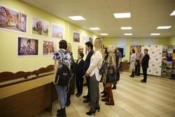 В городе открылся Восьмой фотовернисаж 'Покидая город Арбатов...'