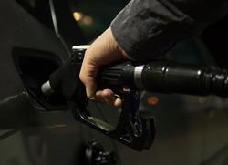 Саратовцы первыми в России смогут оформить единую подписку на топливо и цифровые сервисы