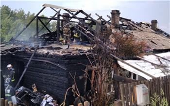 В Свердловском районе два человека погибли во время пожара
