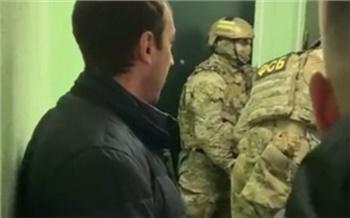 Силовики задержали подозреваемых в краже денег с банковского счета красноярского бизнесмена Анатолия Быкова и других людей