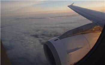 У летевшего в Абакан самолета сработал датчик разгерметизации