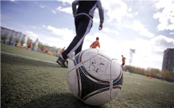 В СФУ определили лучших по набиванию мяча среди девушек