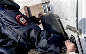 В Красноярском крае будут судить двух телефонных мошенников. Они похитили больше миллиона рублей