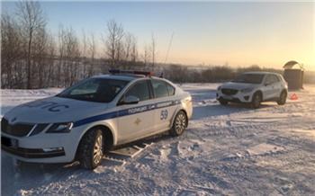 Красноярские туристы чуть не замерзли в сломавшейся по пути в Шерегеш машине