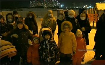 «Нам нужны школы, детские сады, дороги!»: в Красноярске жители Солнечного записали обращение к Путину