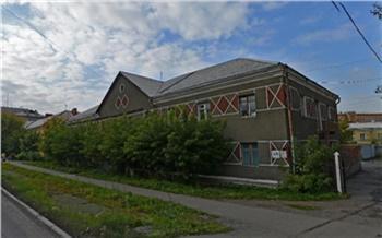 Жильцов скандально известного общежития на Новосибирской расселили