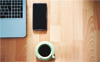 Слабовидящих красноярцев бесплатно обучат пользоваться компьютером и смартфоном