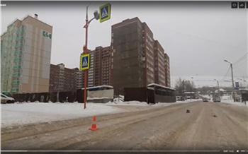 В Красноярске водитель Hyundai не успел остановиться перед пешеходным переходом и сбил подростка