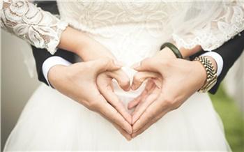 Красноярцы заметно реже женились и разводились в 2020 году