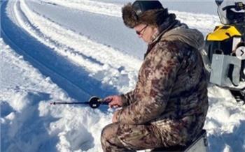 На выходных Александр Усс съездил на рыбалку и поделился фотографиями в Instagram
