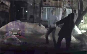 «Ничего не понятно, но очень интересно»: полиция ищет участников странной драки в Железнодорожном районе Красноярска