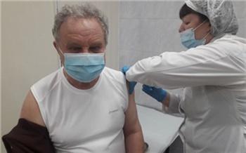 Число вакцинированных от коронавируса в Красноярском крае превысило 50 тысяч: очень много пожилых