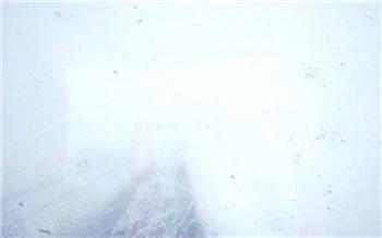 Из-за снегопада на юге Красноярского края ограничили движение автобусов