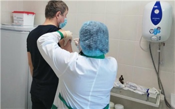 Сотрудники СУЭК получают прививки от коронавируса