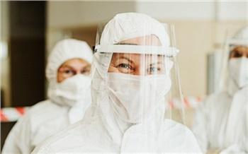 Путин наградил медиков Красноярского края за вклад в борьбу с коронавирусом