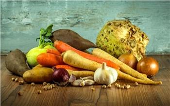 После отравления детей в Красноярске запретили готовить блюда из сырых овощей