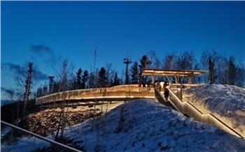 На Николаевской сопке в Красноярске образовались пробки из желающих посетить новую смотровую площадку