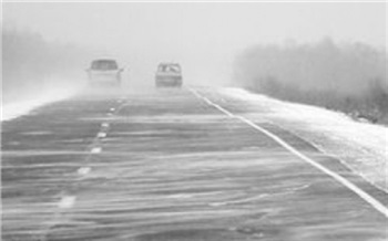 Из-за снега перекрыт участок соединяющей Туву с Красноярским краем трассы