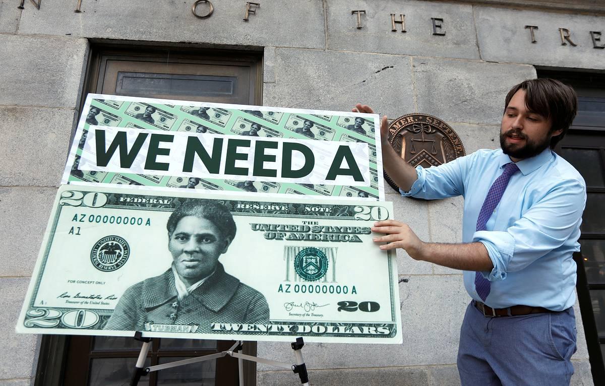 На 20-долларовой купюре разместят портрет борца против рабства