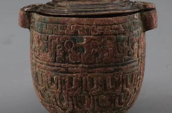 В китайской гробнице нашли крем для лица с «лунным молоком»