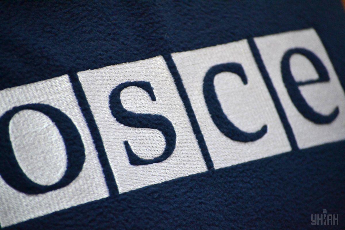 ОБСЕ в угоду России допустила на заседание ТКГ неизвестных 'советников' боевиков - участник переговоров