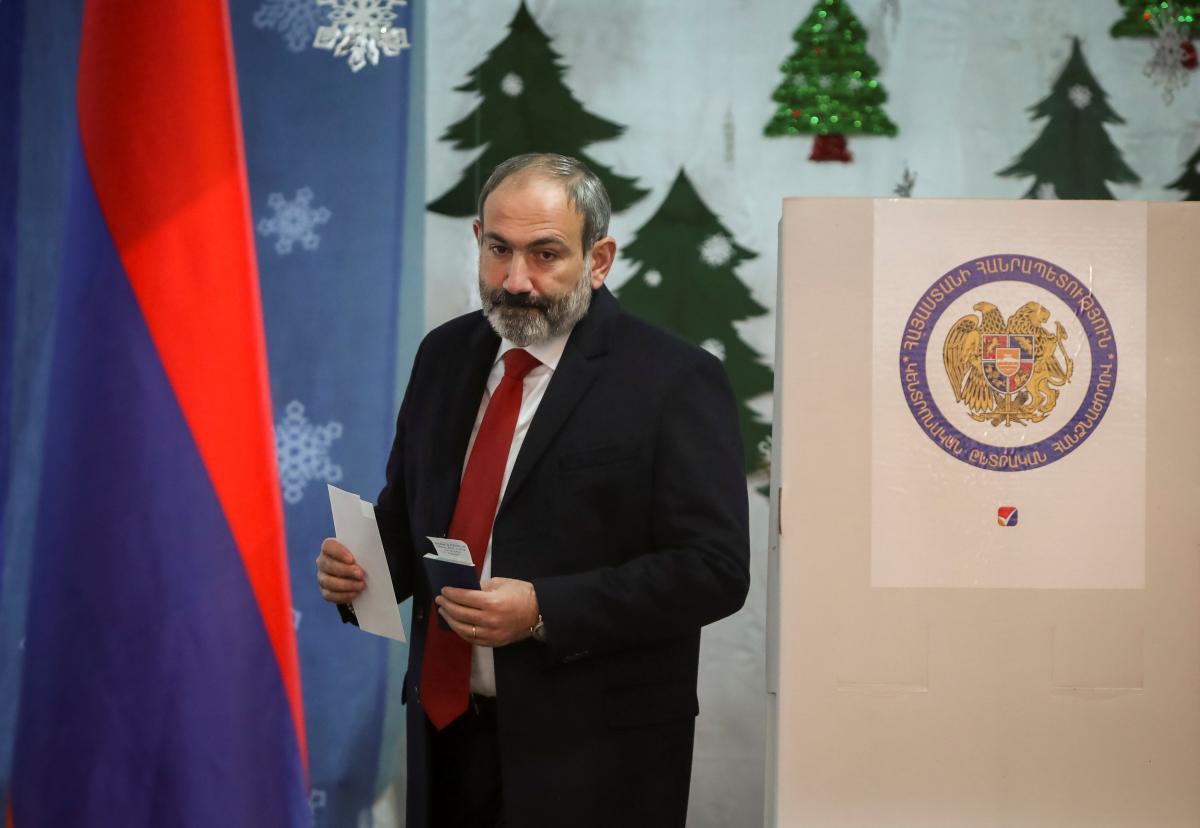 Премьер Армении назвал условие своей отставки