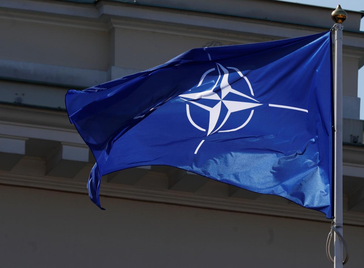 Столтенберг: нужно обновить стратегическую концепцию НАТО из-за агрессии РФ и подъема Китая