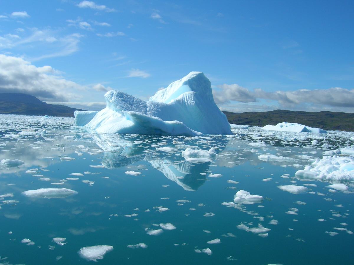 Климатологи предрекли Арктике катаклизмы из-за молний