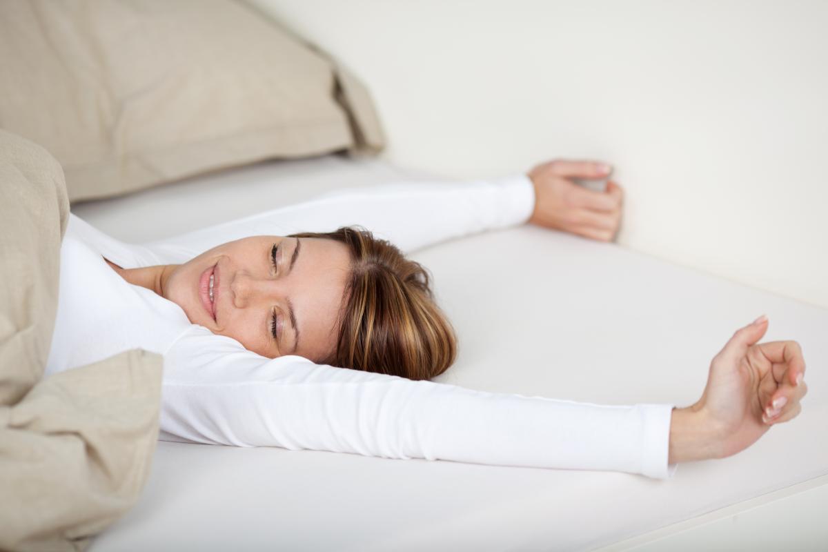 Ученые установили новые риски 'плавающего' режима сна для человека