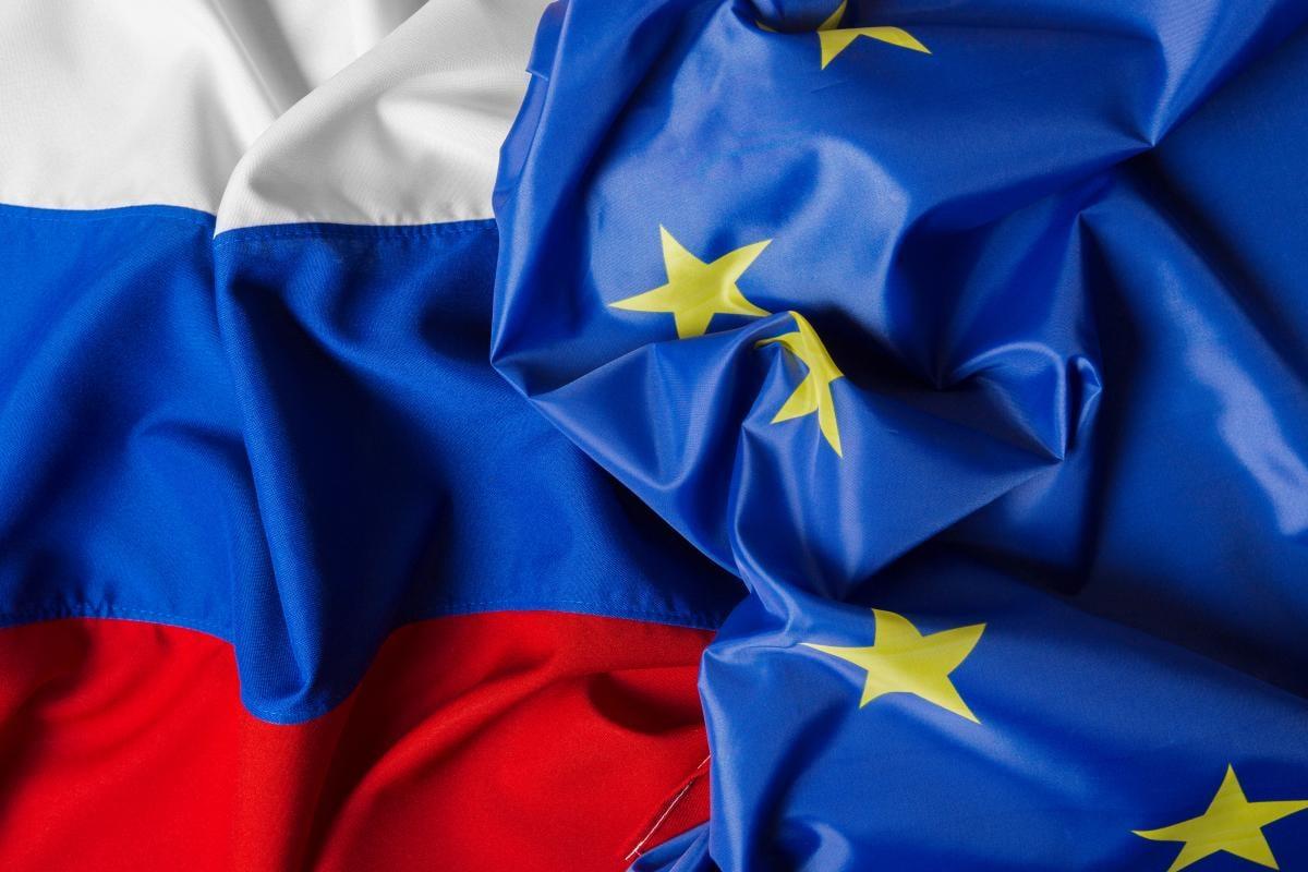Польша, Швеция и Германия выдворили трех российских дипломатов: названа причина