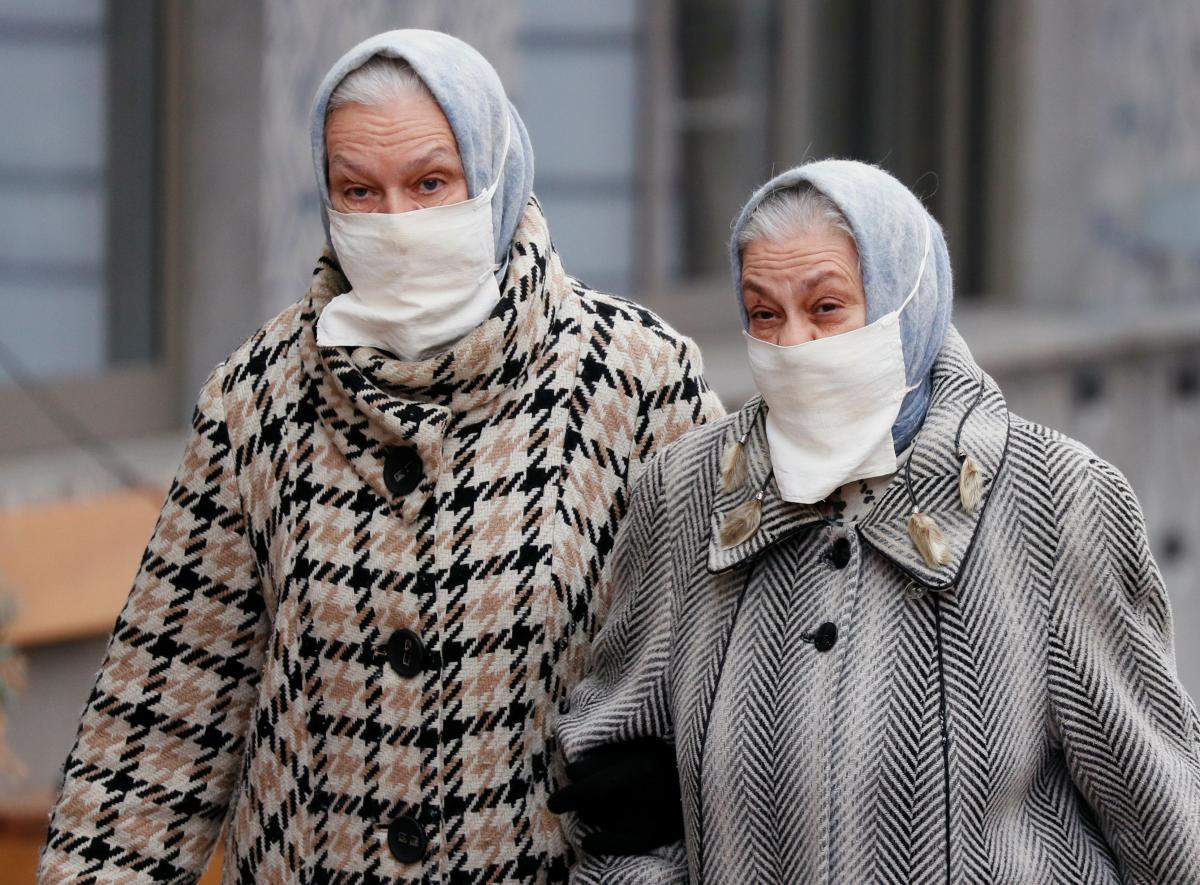 Nature: Пожилые люди больше рискуют заразиться COVID-19 дважды